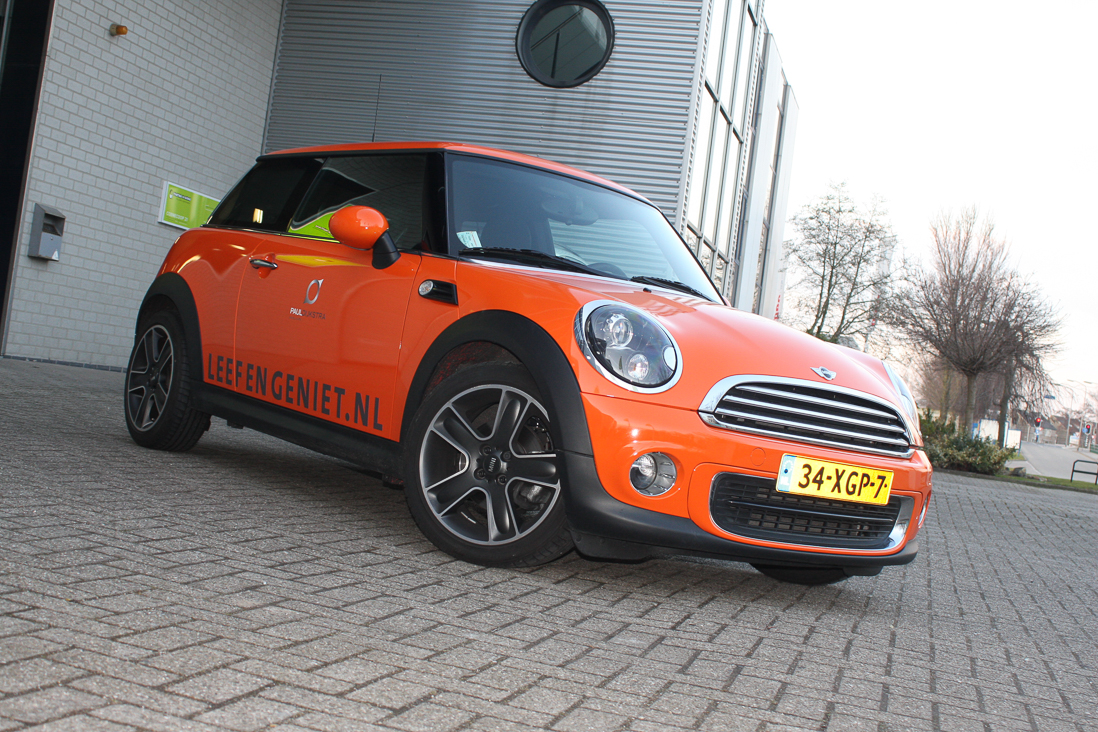 Full wrap Oranje van Mini
