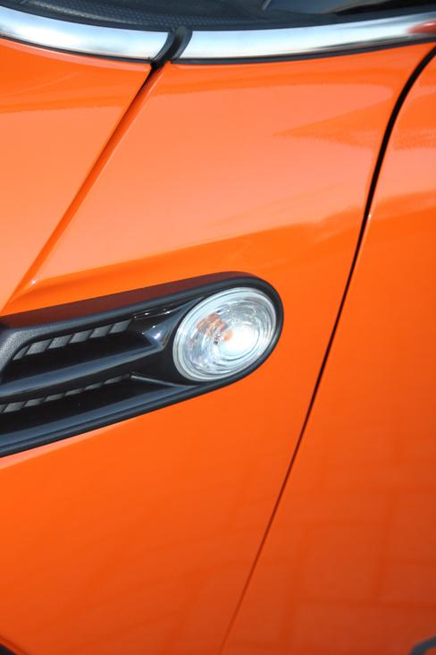 Full wrap Oranje van Mini